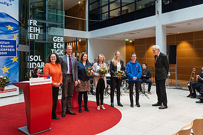 Foto: Verleihung des Gustav-Heinemann-Bürgerpreises an Pulse of Europe