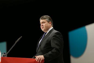 Foto: Sigmar Gabriel in seiner Rede auf dem zweiten Tag des Bundesparteitages.