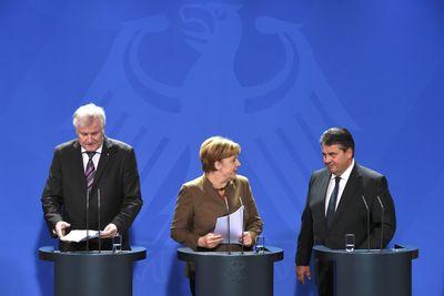 Foto: Pressekonferenz im Kanzleramt mit Horst Seehofer, Angela Merkel und Sigmar Gabriel