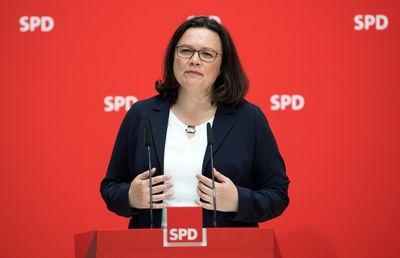Andrea Nahles, Vorsitzende der Sozialdemokratischen Partei Deutschlands (SPD), äußert sich bei einer Pressekonferenz nach den Gremiensitzungen der Partei zur aktuellen Krise zwischen CDU und CSU.