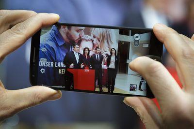 """Foto: Sigmar Gabriel, Iris Berben, Clemens Schick und Katarina Barley stellen Kampagne """"Stimme für Vernunft"""" vor"""