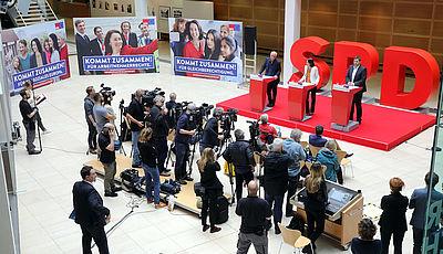 Foto: Vorstellung der SPD-Plakate zur Europawahl