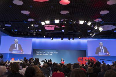 Foto: Blick in das Plenum des SPD-Bundesparteitags 2018 in Bonn