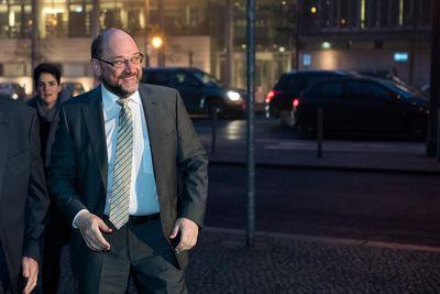 Foto: Martin Schulz trifft am Konrad-Adenauer-Haus ein