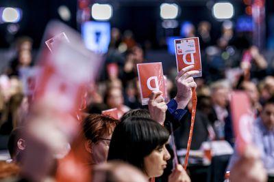 Foto: Delegiertenabstimmung beim SPD-Parteitag 2017
